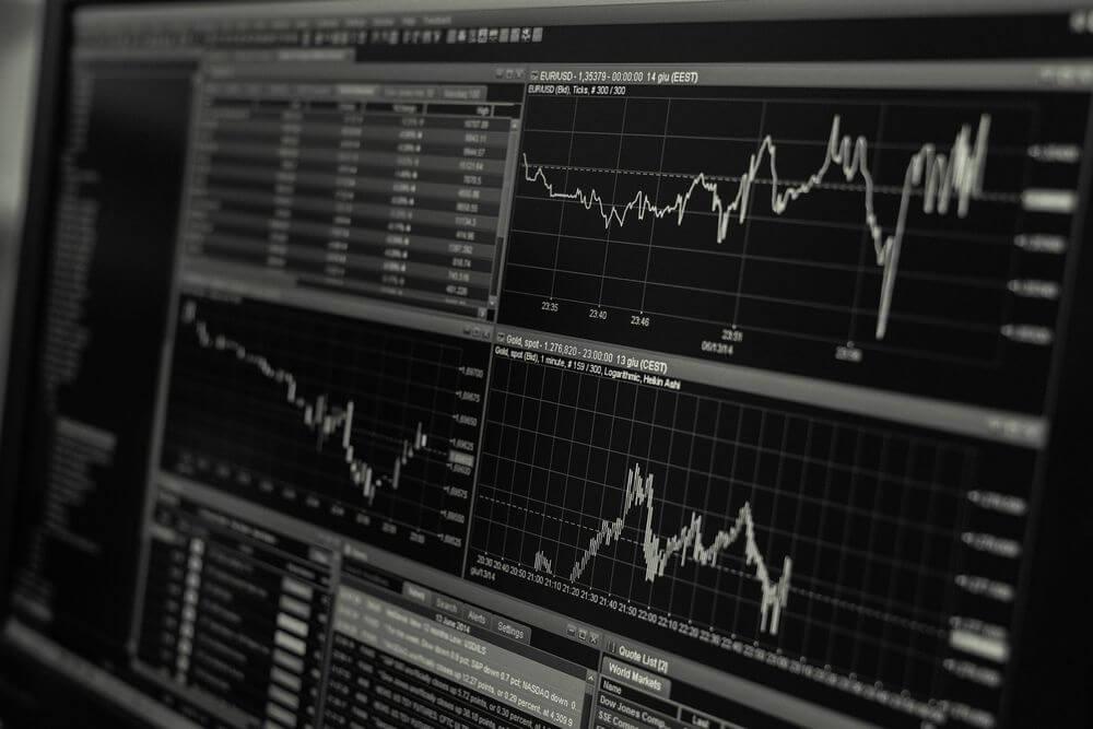 ミクロ経済学とマクロ経済学の違い
