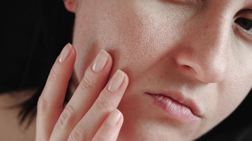 混合肌には洗浄力+潤いに特化の洗顔料