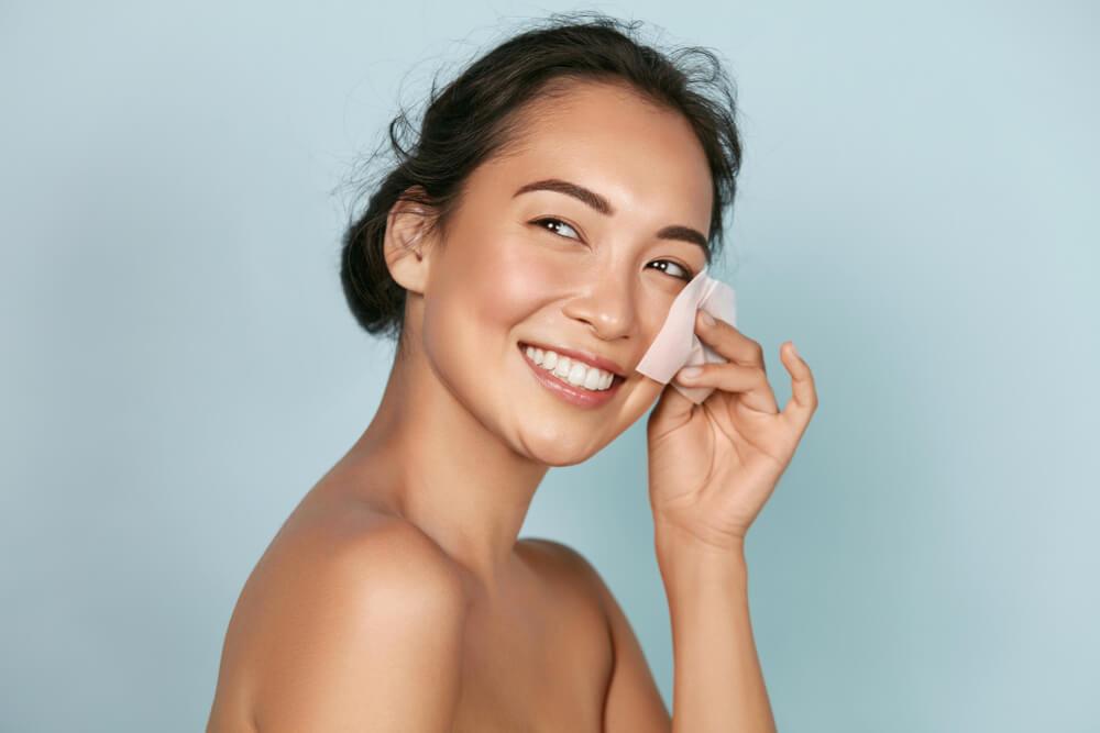 正しい洗顔法① 【洗顔は1日2回まで】