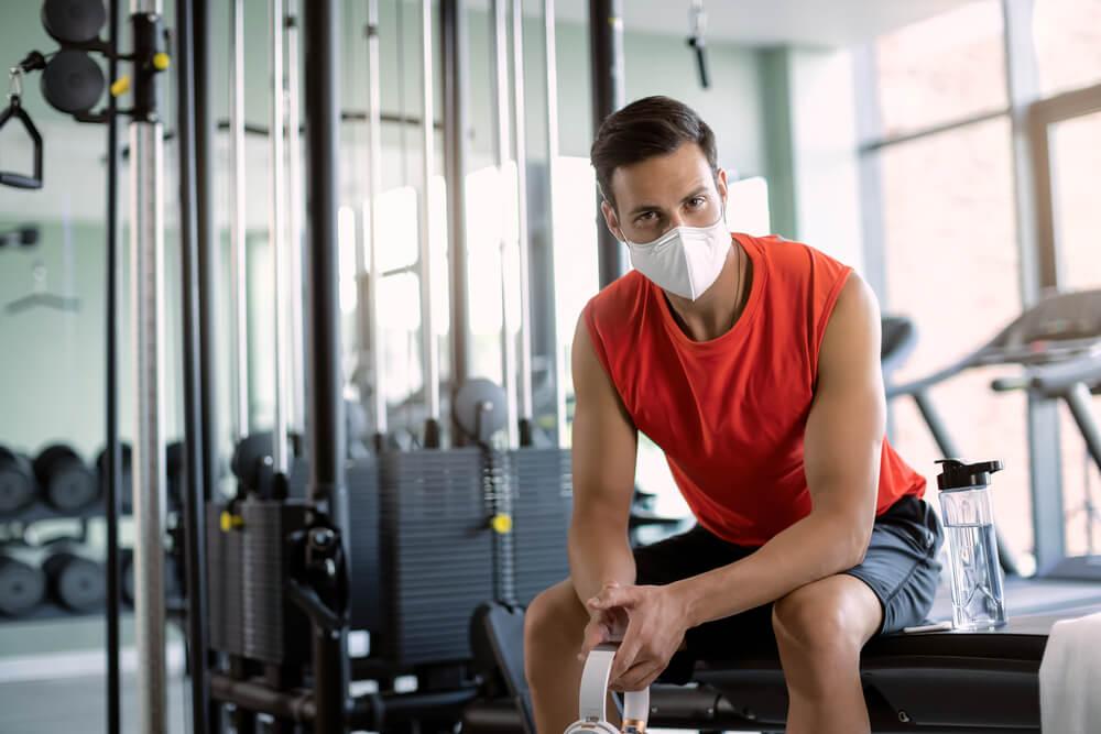 運動時におすすめなマスク選びは?